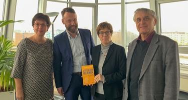 """2018: ScMI engagiert sich bei """"Deutschland 2030"""""""